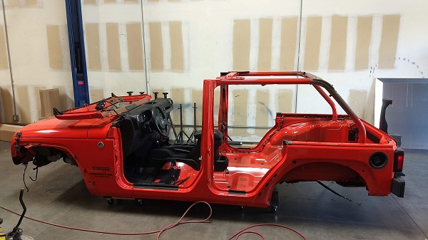 Top, doors and interior removed